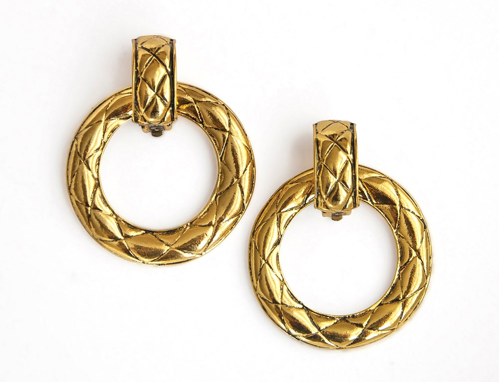 quilted_clip-on_hoops_earrings_EARA