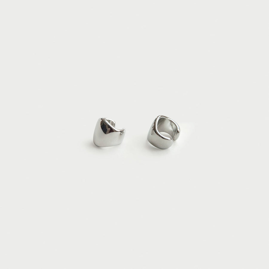 Athena Cuffs in Silver - Eara Clips