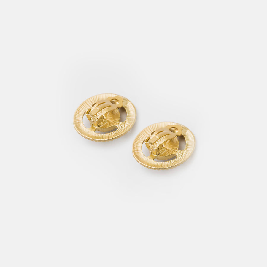 Pearl In Gold Braid Clip-on Earrings - earaclips