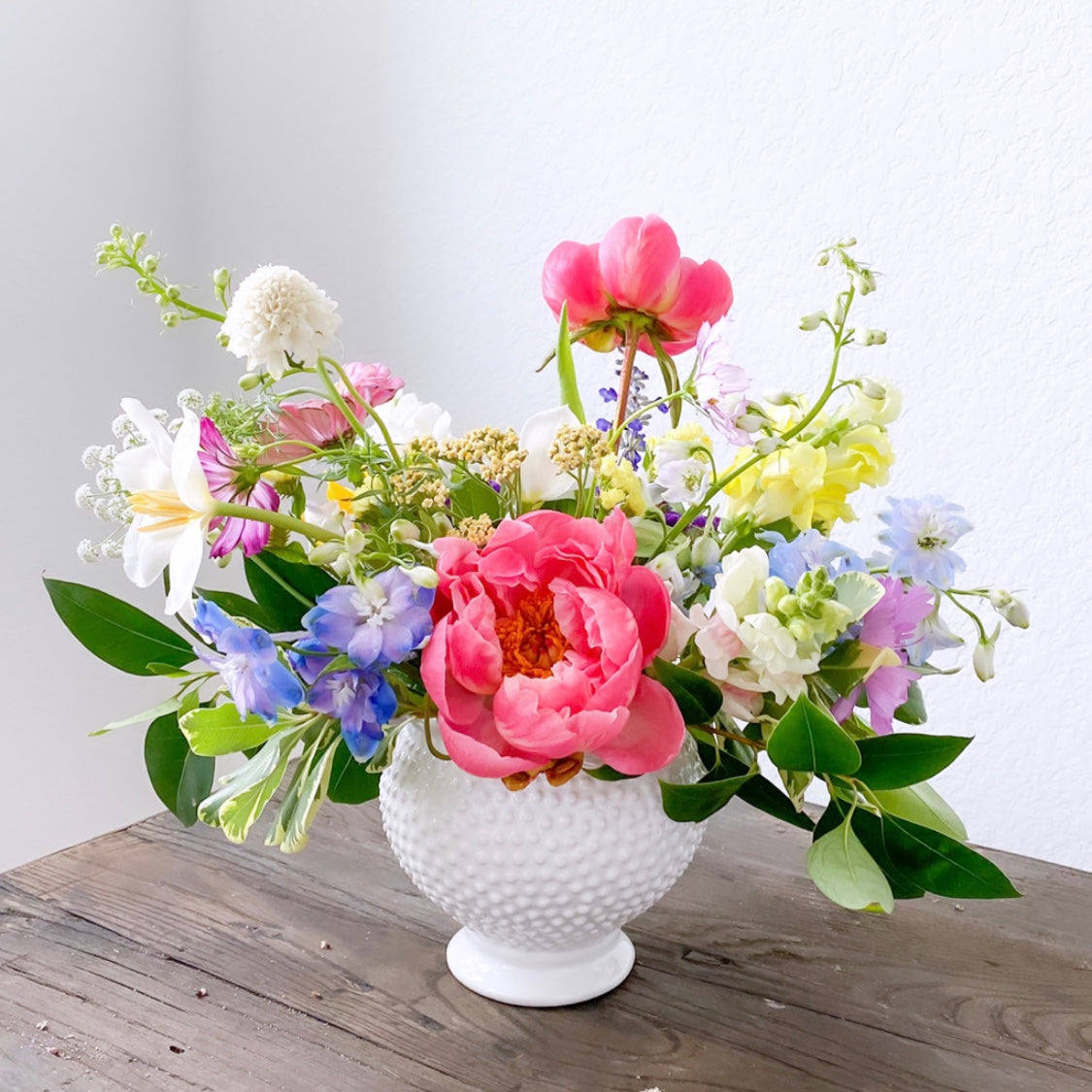 Small Bespoke Flower Arrangement - The Weekend Flow - Houston Florals and Fine Jewelry