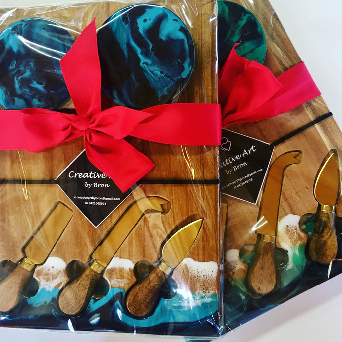 Gift Pack - Cheeseboard with three knives and matching coasters