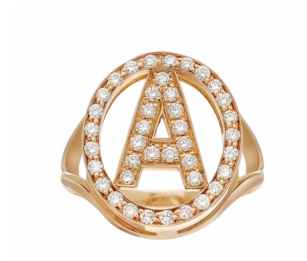 Letter Ring in 18k Gold and Diamond