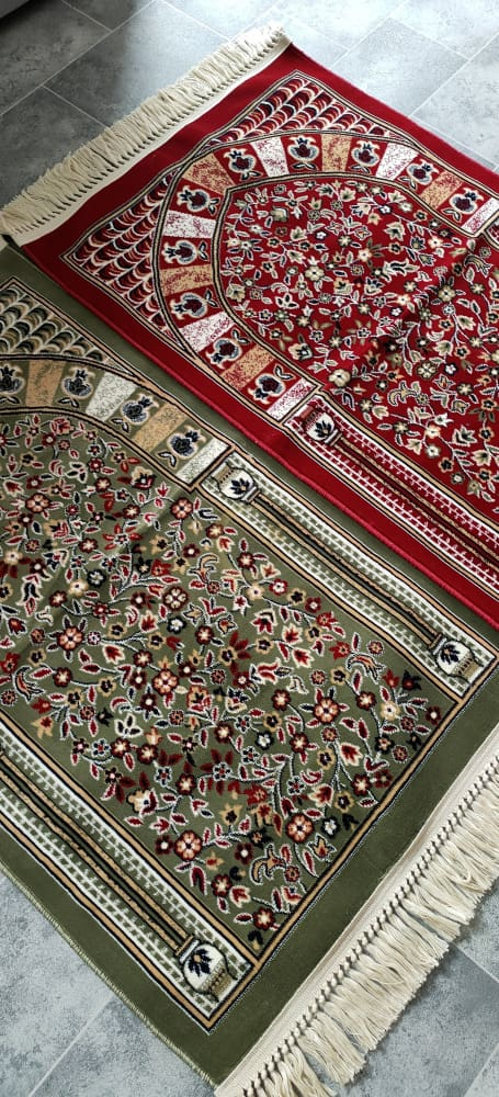 Special Edition Premium Al Rawdah Prayer Mat - Red