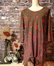 Load image into Gallery viewer, Olive Floral Tunic