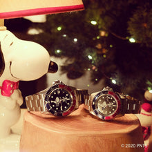 Load image into Gallery viewer, Sailing Snoopy Watch