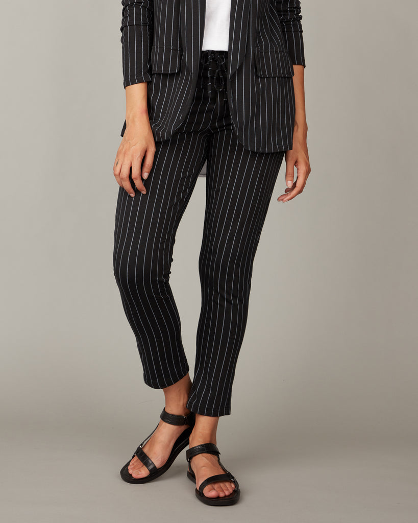 FITTED PINSTRIPE TERRY COTTON PANTS WITH BACK POCKETS - PISTACHE