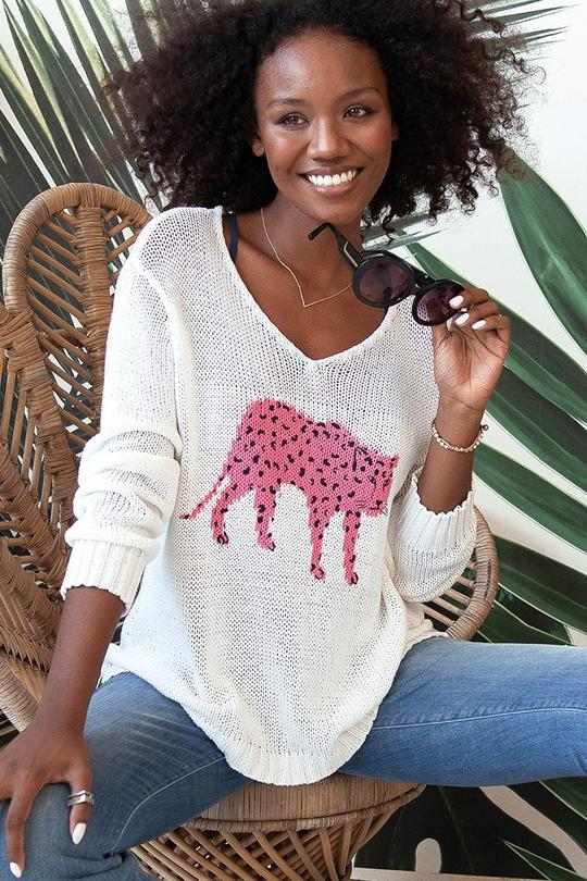 CHEETAH V-NECK SWEATER (PINK) - WOODEN SHIPS