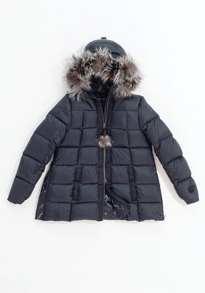 SHORT A-LINE DOWN COAT WITH UPCYCLED FUR (BLACK) - HARRICANA