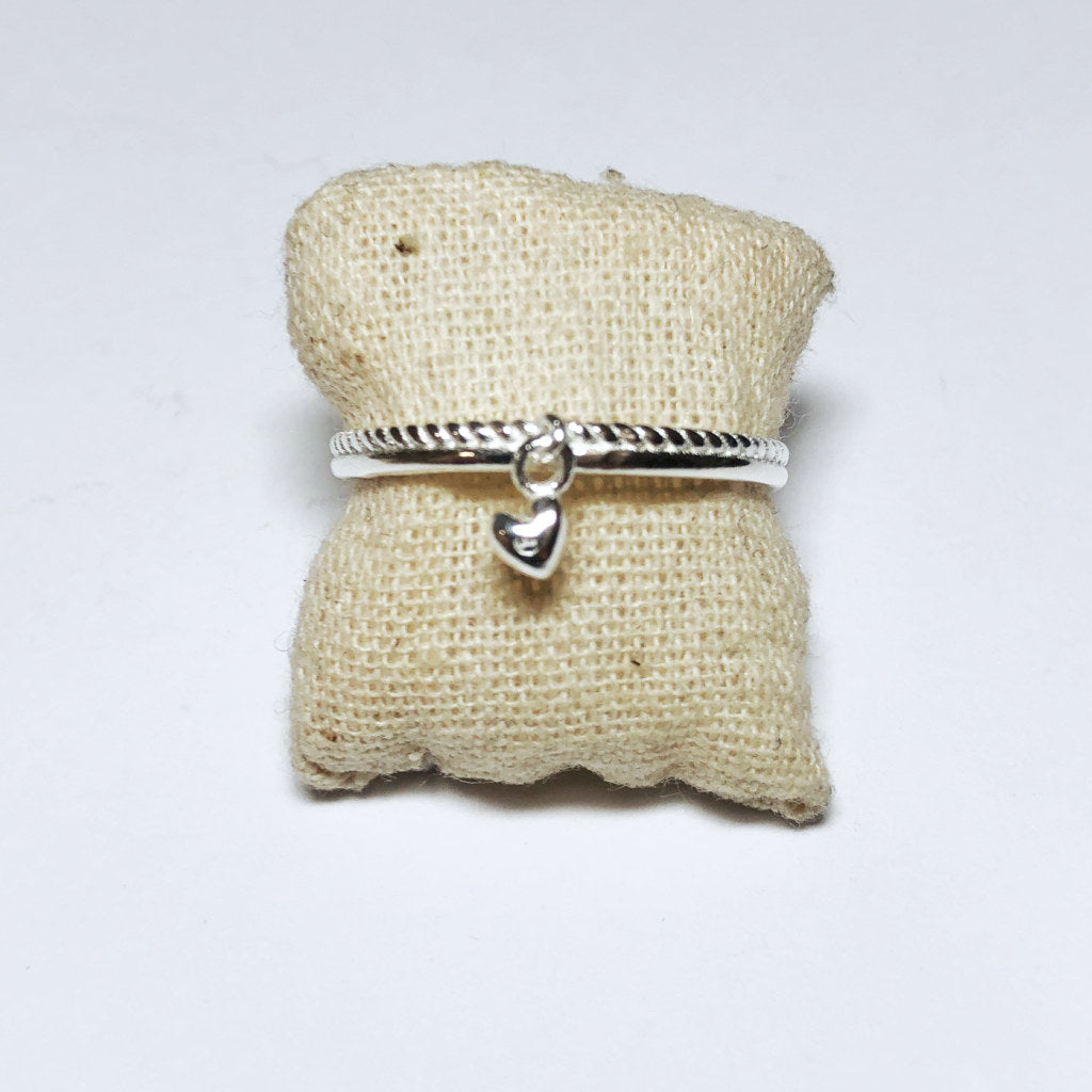 DANGLE HEART CHARM RING - MUJA JUMA