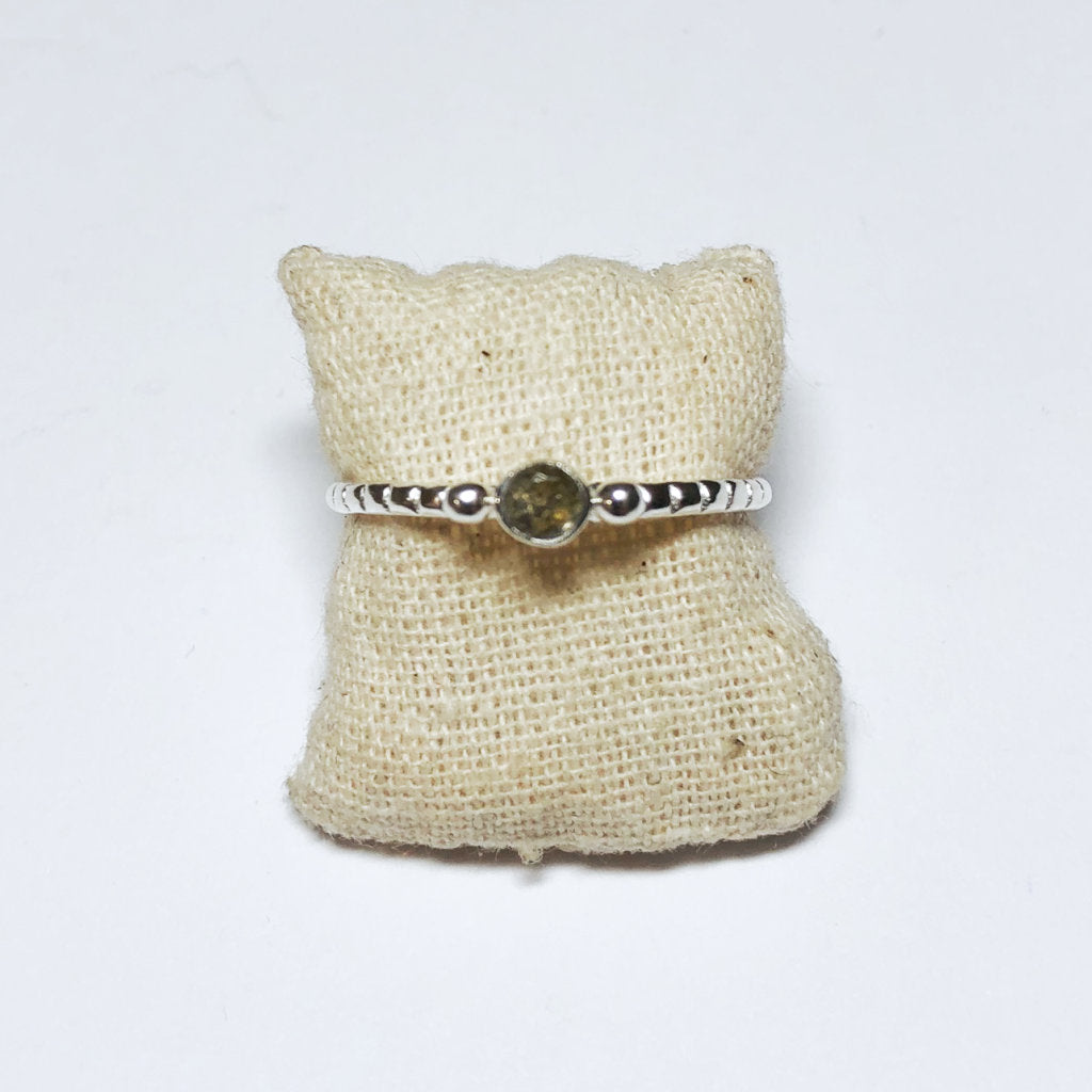 TWO DOTS + STONE RING - MUJA JUMA
