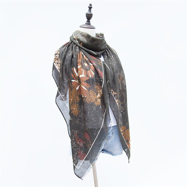 4 Raw Edge Scarf - Autumn Blooms