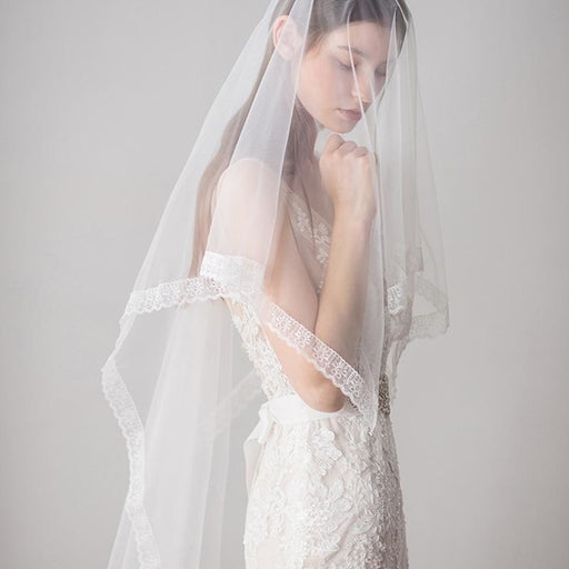 1.6 M Lace Edge Comb One Layer Soft Wedding Veils | Bridelily - wedding veils