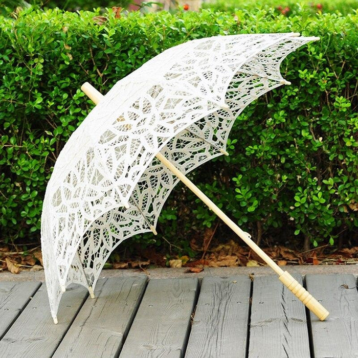 100% Cotton Handmade Lace Wedding Umbrellas | Bridelily - wedding umbrellas
