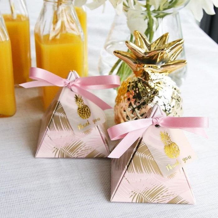 100Pcs Leaves Triangular Pyramid Favor Holders | Bridelily - favor holders