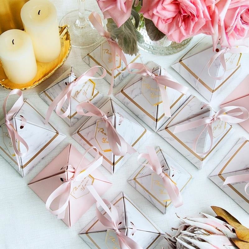 100Pcs Triangular Marble Ribbon Favor Holders | Bridelily - favor holders