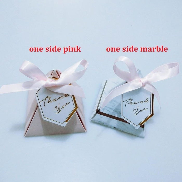 100Pcs Triangular Marble Ribbon Favor Holders | Bridelily - 72x72x80mm - favor holders