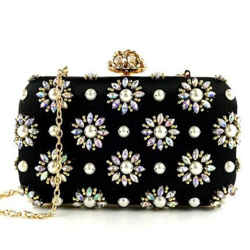 Beautiful Pearl Handmade Beaded Wedding Handbags | Bridelily - wedding handbags