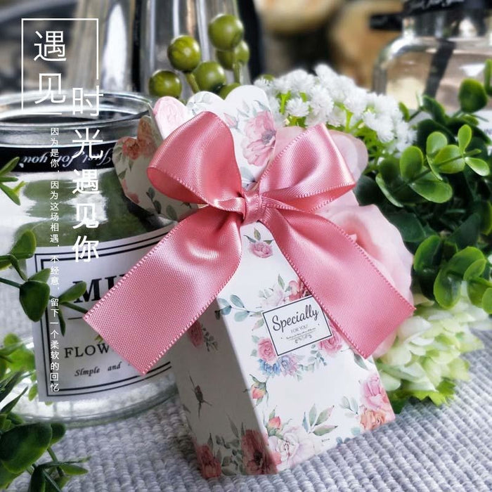 Big Ribbon Bowknot Bomboniera Favor Holders | Bridelily - favor holders