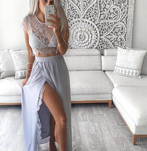 Bridelily 2019 Two-Piece Prom Dresses Sheer Lace Top Side Split Chiffon Floor Length Sexy Party Dresses - Prom Dresses