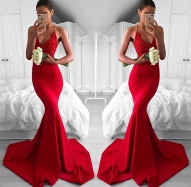 Bridelily Sexy Red V-Neck Lace Mermaid Lace Long Prom Dress - Prom Dresses