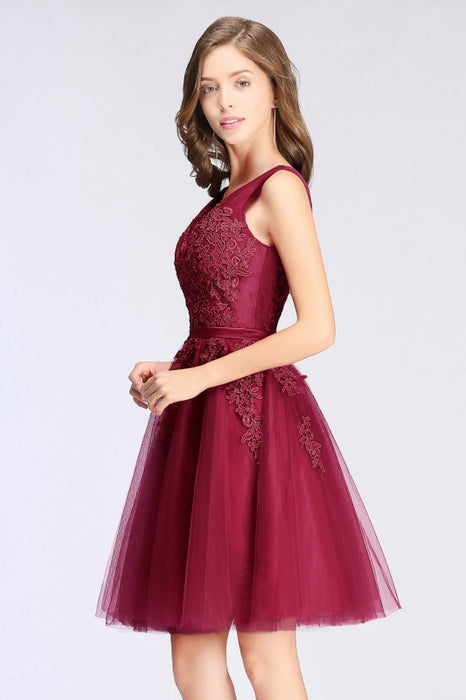 Burgundy Short Formal Gown Lace Applique V Neck Homecoming Dresses - Prom Dress