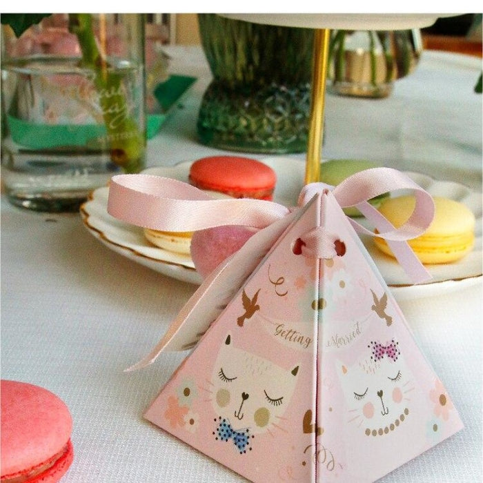 Cat Style Triangular Sugar 100 PCS Favor Holders | Bridelily - 72x72x80mm / 50Pcs - favor holders