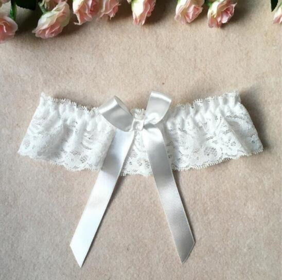 Charming 1Pc Lace Harness Loop Wedding Garters | Bridelily - white / One Size - garters