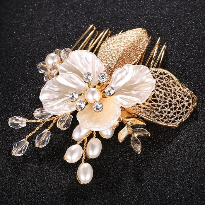 Charming Handmade Flowers Pearls Combs & Barrettes | Bridelily - combs and barrettes