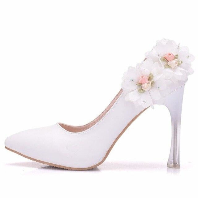 Comfortable Closed Toe Mid Heels Wedding Pumps | Bridelily - WHITE / 34 - wedding pumps