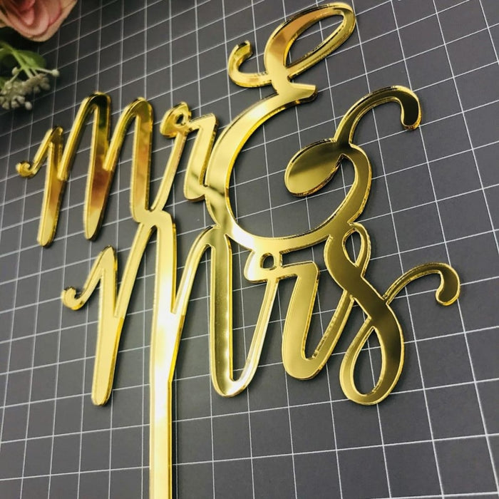 Decorating Acrylic Dazzling Cake Toppers | Bridelily - cake toppers