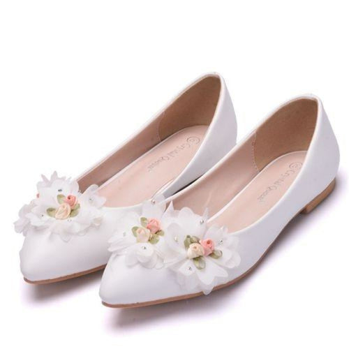 Elegant Butterfly Knot Wedding Flats | Bridelily - tow flower / 34 - wedding flats