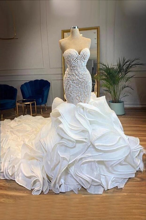 Mermaid Lace Trumpet Wedding Dress With Long Train Bridelily