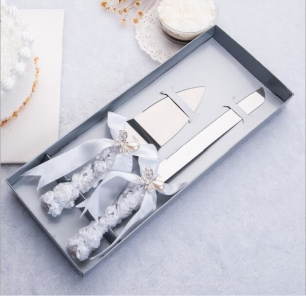Elegant Wedding Cake Knife Serving Sets | Bridelily - serving sets