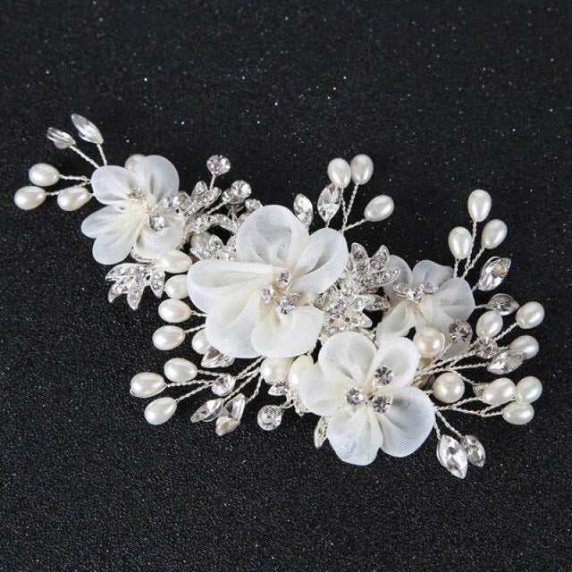 Elegant White Flower Pearl Floral Headpieces | Bridelily - Same as picture colour - headbands