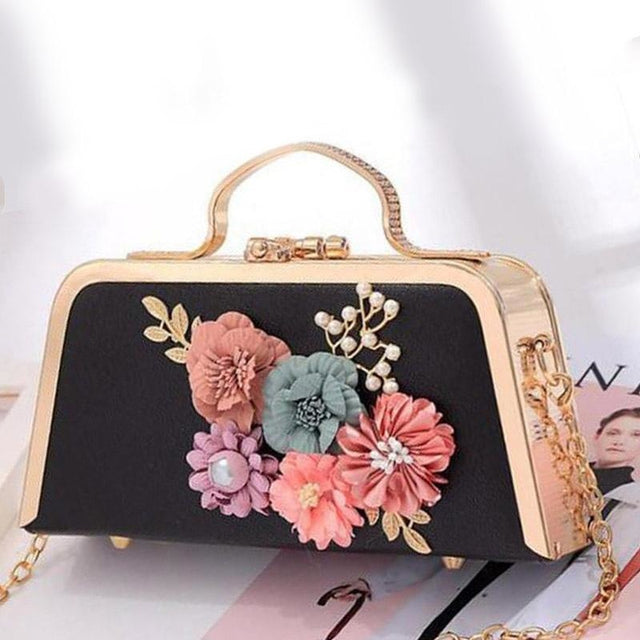 Flower Ladies Clutches Purse Wedding Handbags | Bridelily - White - wedding handbags