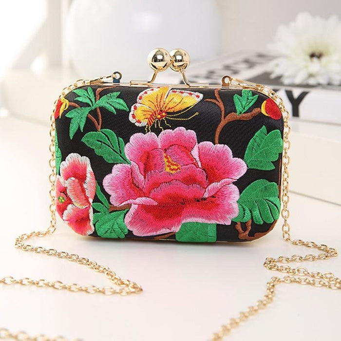 Flower Vintage National Chains Wedding Handbags | Bridelily - wedding handbags