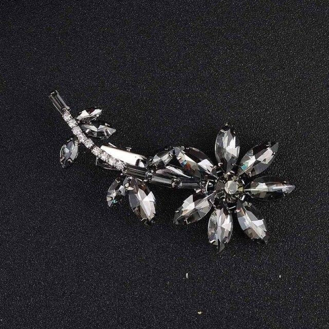 Glass Flower Rhinestones Combs & Barrettes | Bridelily - metal black - combs and barrettes