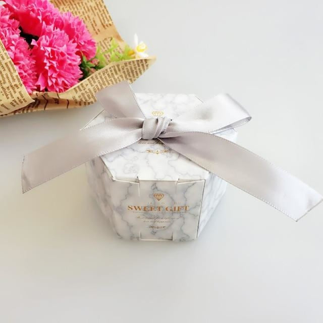 Hexagon Candy Box With Ribbon Bow Favor Holders | Bridelily - YN1-5 / 20PCS - favor holders