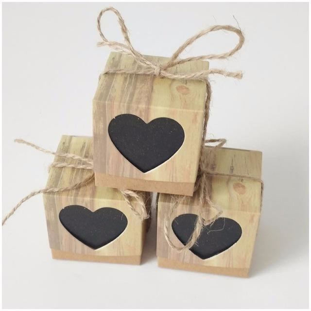 Hollowed Heart Candy With Twine Favor Holders | Bridelily - Black / 5x5x5cm / 20 PCS - favor holders