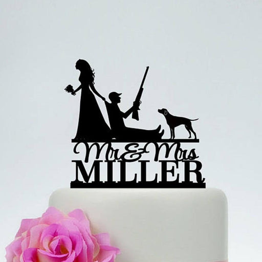 Hunting Escape Groom Cute Cake Toppers | Bridelily - cake toppers