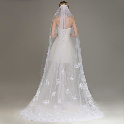 Lace Edge Ivory Appliques One Layer Wedding Veils | Bridelily - Ivory / 300cm - wedding veils