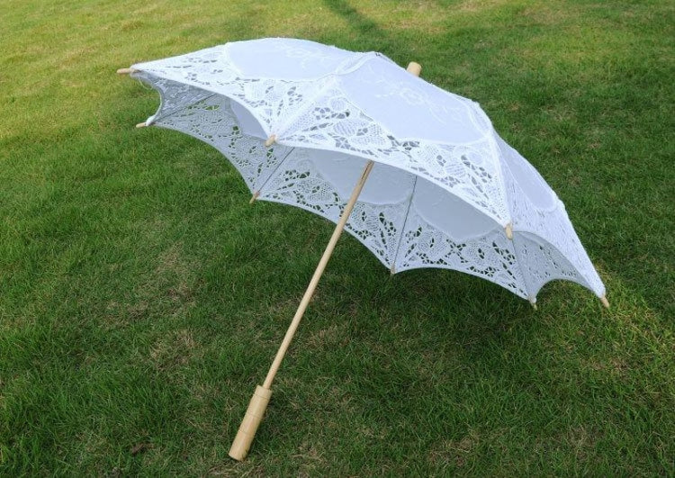 Lace Sunshade Handmade Wedding Umbrellas | Bridelily - wedding umbrellas