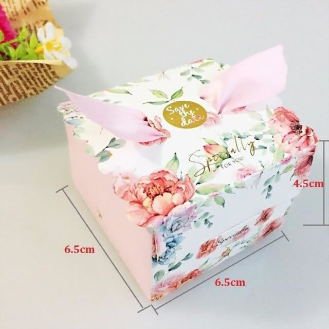 New Candy Box With Ribbon Wings Favor Holders | Bridelily - Pink / 20 PCS - favor holders