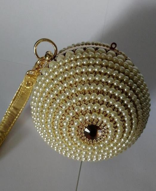 Pearls Design Round Shape Beaded Wedding Handbags | Bridelily - wedding handbags