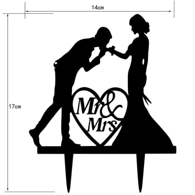 Personalized Classic Couple Wedding Cake Topper | Bridelily - Q - cake toppers