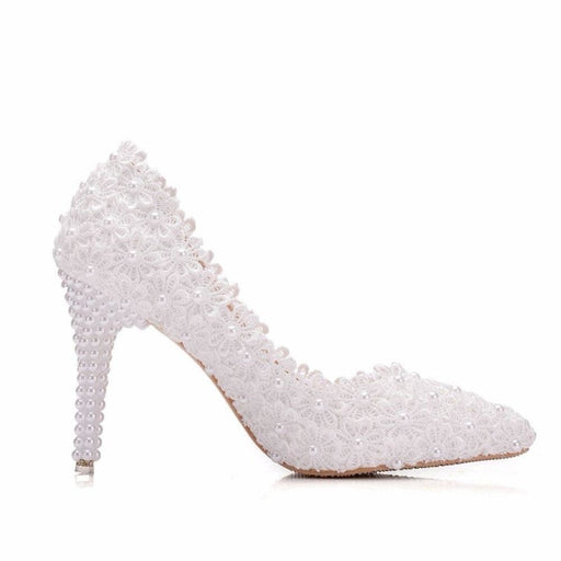 Pointed Toe Lace Flower Wedding Pumps | Bridelily - wedding pumps