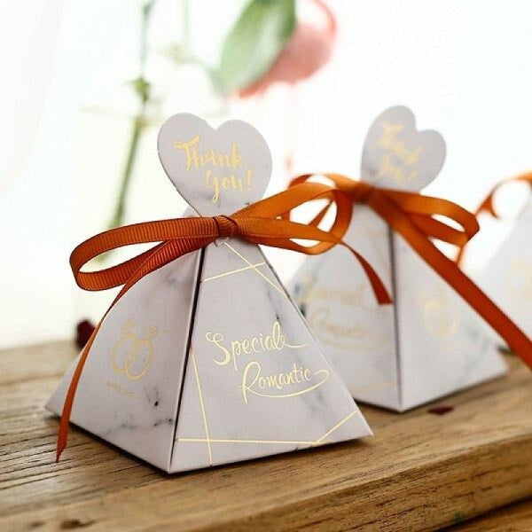 Pyramid Heart Handle With Ribbon Favor Holders | Bridelily - WHITE / 50PCS - favor holders