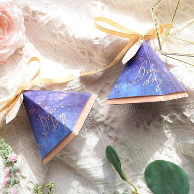 Pyramid Paper Tags With Ribbon Favor Holders | Bridelily - 2 / S 7.0x7.0x7.0cm / 20 PCS - favor holders