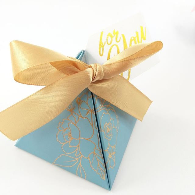 Pyramid Paper With Thanks Card Favor Holders | Bridelily - Gold / 7.2x7.2x8cm / 50 PCS - favor holders