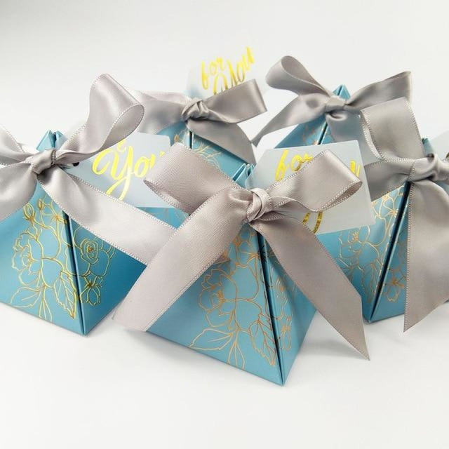 Pyramid Paper With Thanks Card Favor Holders | Bridelily - Silver / 7.2x7.2x8cm / 50 PCS - favor holders